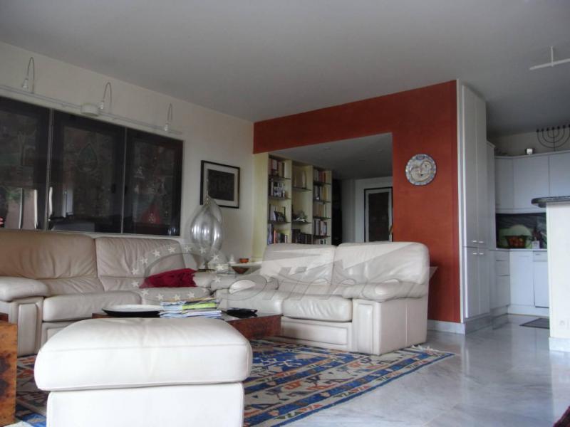 Appartement Réf. : AE-G3475 à Menton