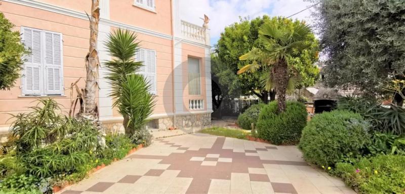 Maison Réf. : AE-L16612 à Roquebrune-Cap-Martin